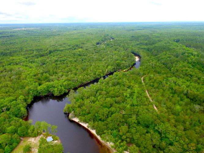 Riverviews Create Superb Getaway - article image