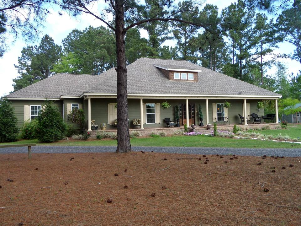 Breathtaking Home, Horse Facility, Olive Orchard, Hunting Trails!  Constance Road image