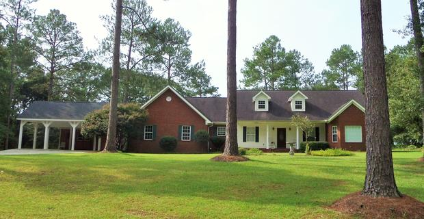 Big Brick Home in a Country Setting and Move In Ready! image