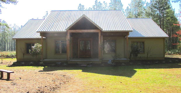 Country Living in Millwood Plantation image