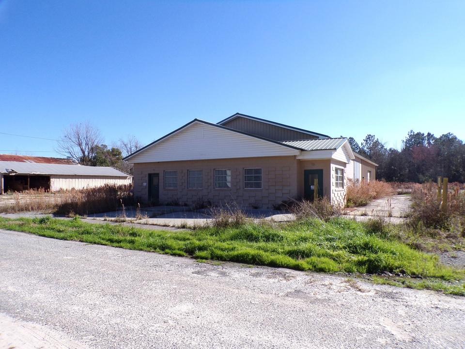 Commercial Property in Jesup, GA main image