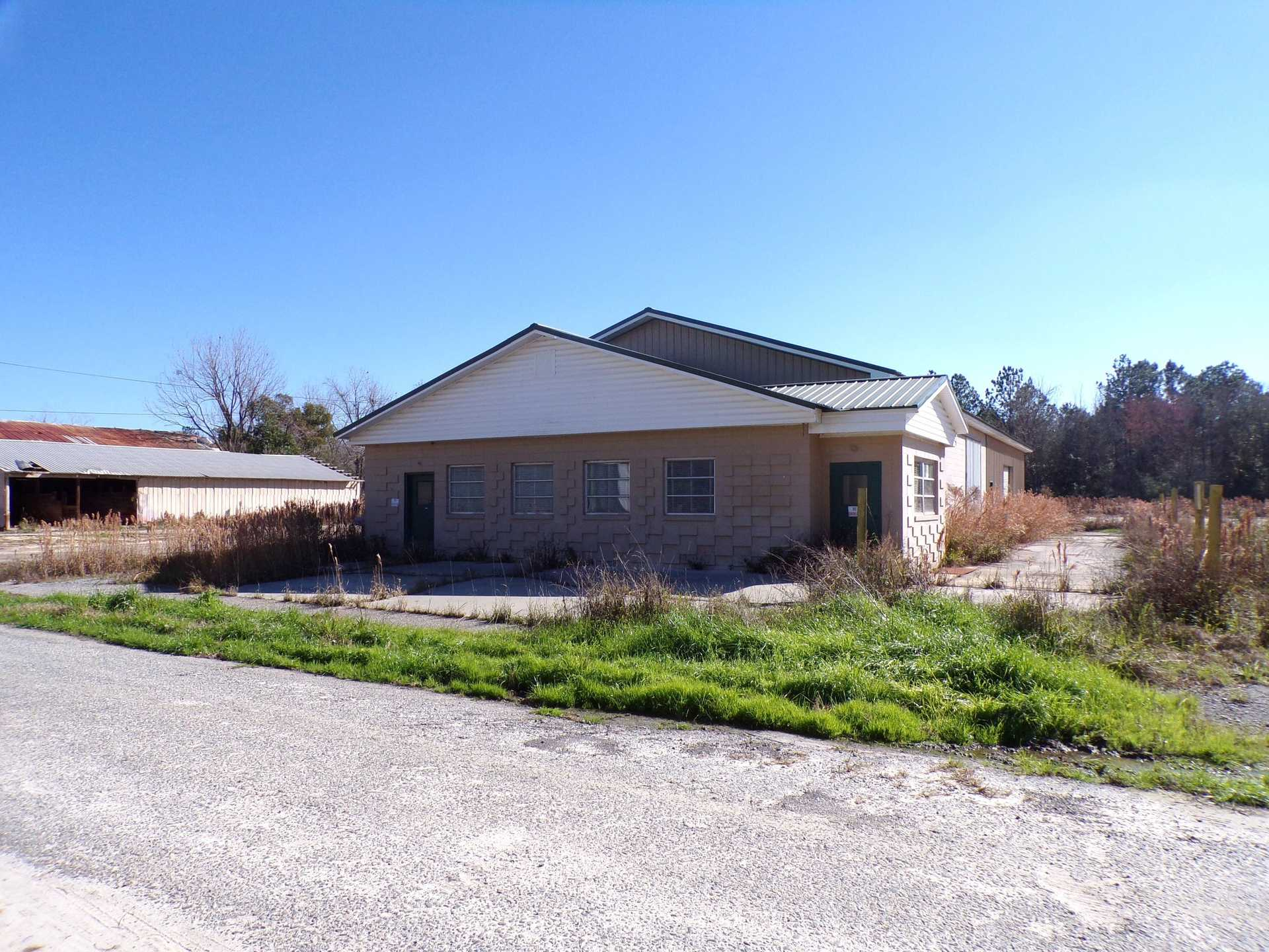 Commercial Property in Jesup, GA image