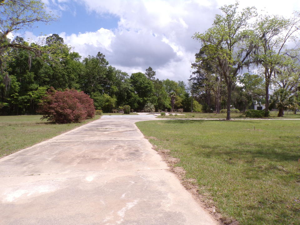 Vacant Lot on Beechwood Dr main image