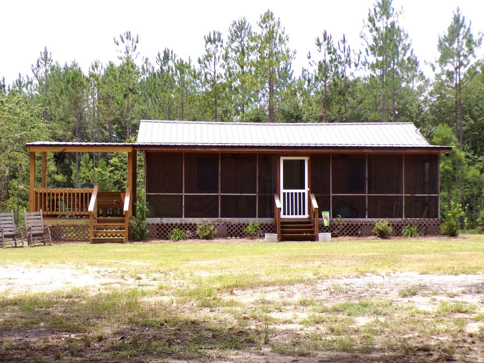 Cabin Retreat in Tattnall County main image