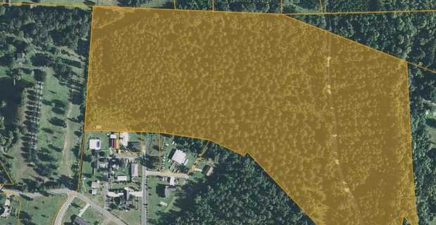 35+/- Acre Rural Tract in City Limits of Screven image